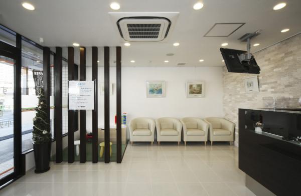 すいた駅前歯科診察室