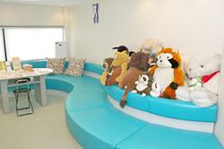 ハナフサデンタルクリニック待合室